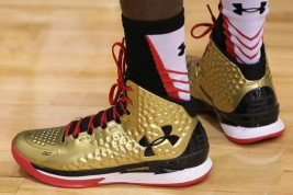 Under Armour Curry 1 Nations Finest Gold Black Red