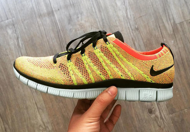 Nike Free Flyknit NSW University Yellow Bright Crimson
