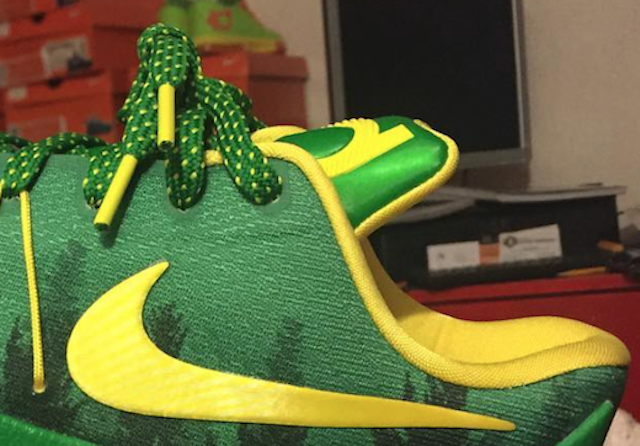 Nike KD 8 Oregon Ducks Green Trees