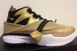 "Nike Zoom Kobe Icon ""Metallic Gold"" Available Early"
