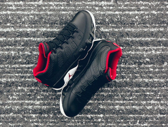 Air Jordan 9 Retro Low Black White Red Chicago Bred