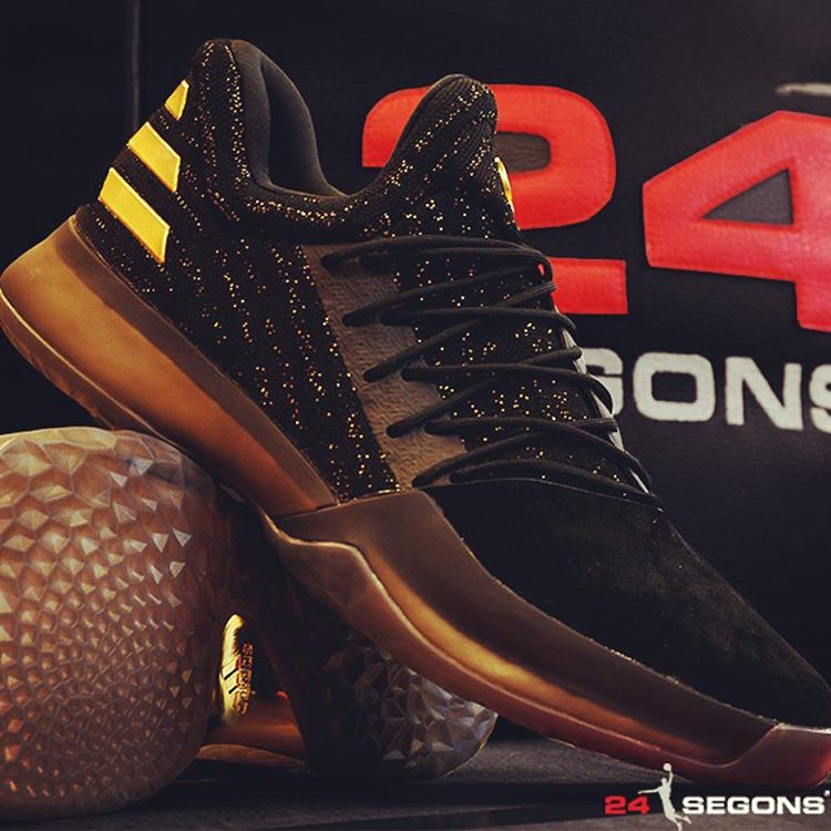 cdcd3d199dd adidas Harden Vol.1 in Black and Gold lovely - molndalsrev.se