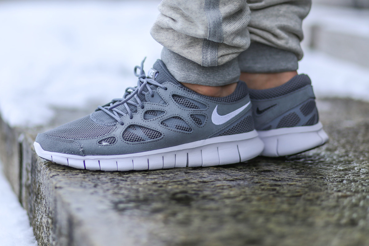 The Nike Free Run 2 continues to release ...