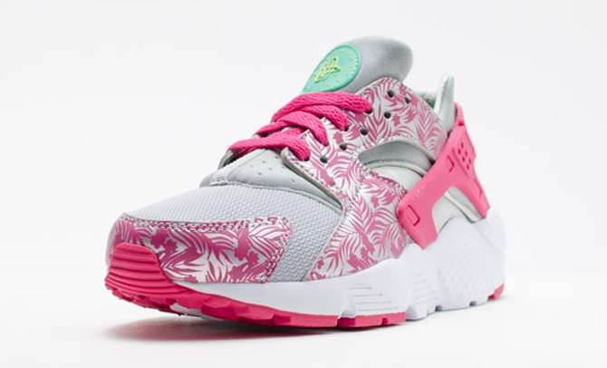 nike huarache pink floral release date