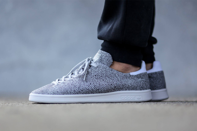 adidas originals stan smith primeknit white black