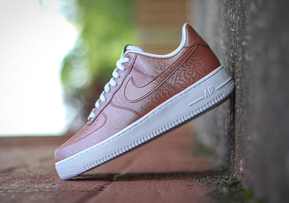 Preserved Icons Nike Air Force 1 Low Statue of Liberty