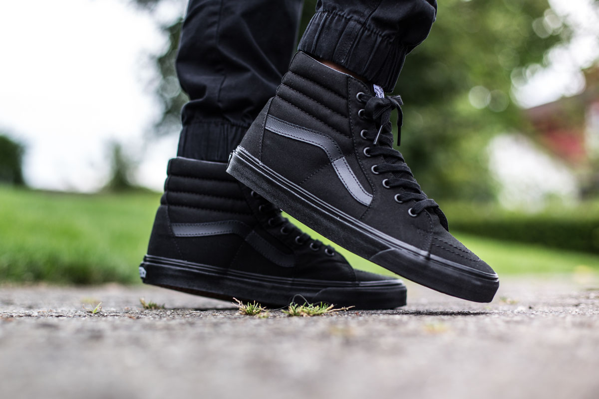 vans high all black