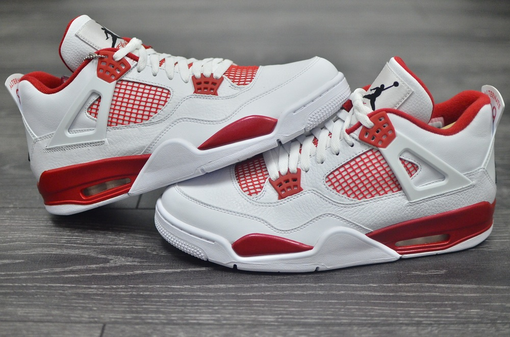 Air Jordan 4 IV Alternate 89