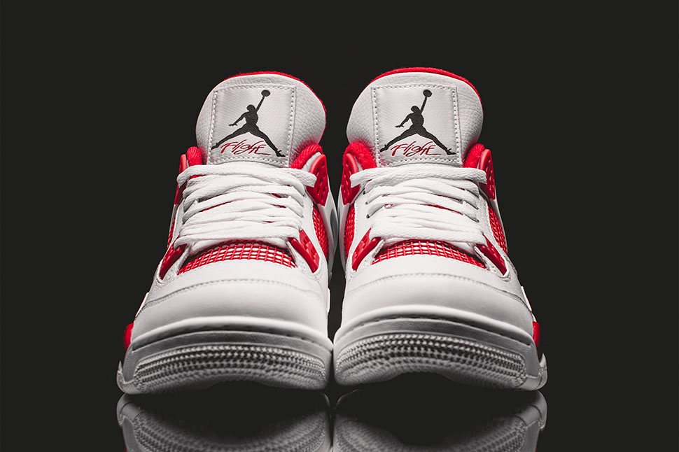Air Jordan 4 Retro Alternate 89