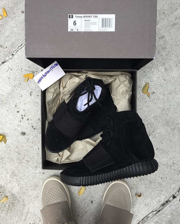Yeezy 750 Boost Black