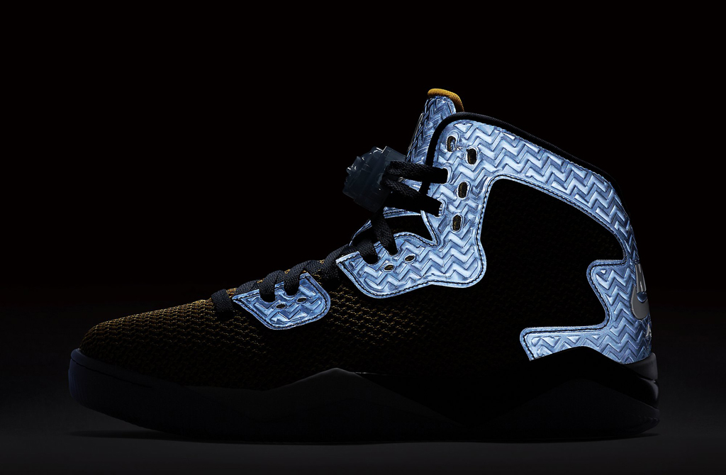 Jordan Air Spike 40 Dunk From Above