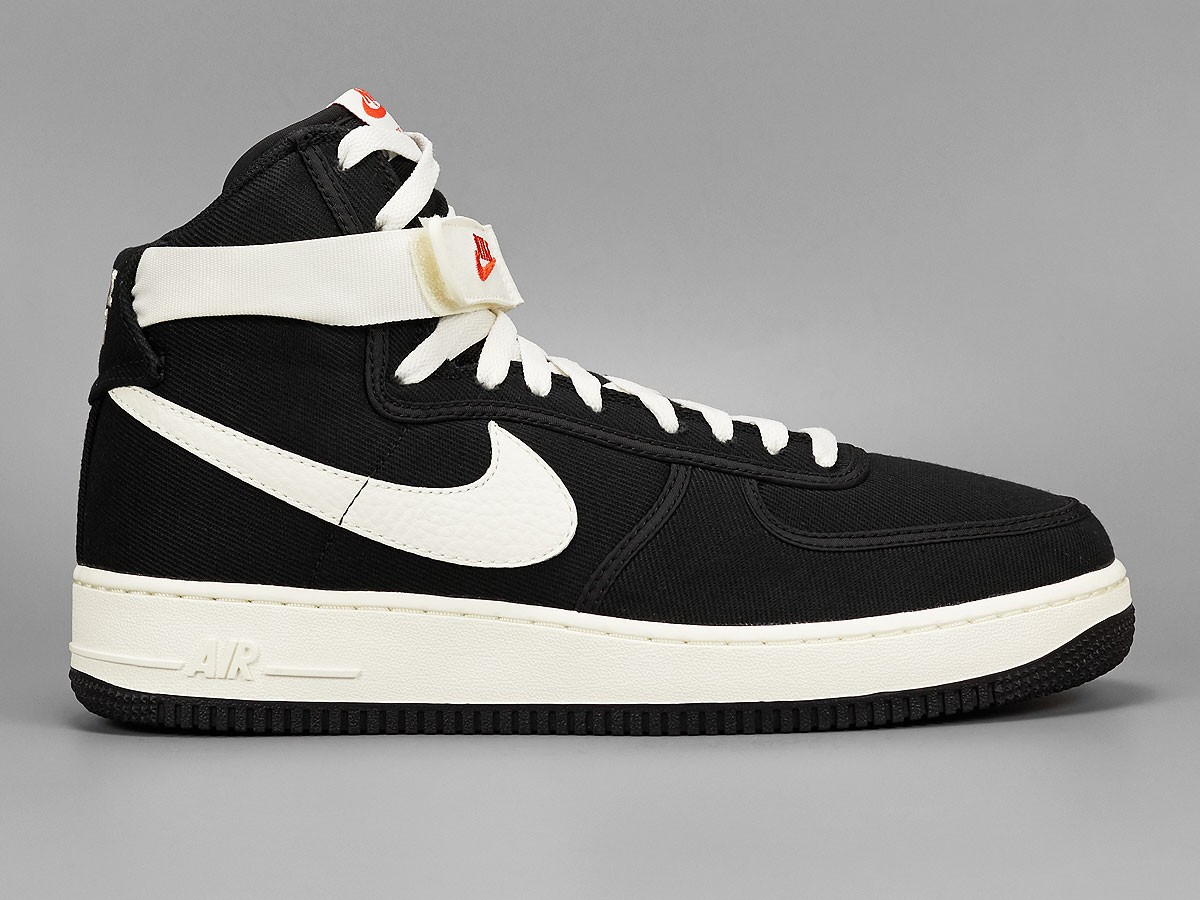 official photos 4076c 3711f Nike Air Force 1 High Canvas Black Sail