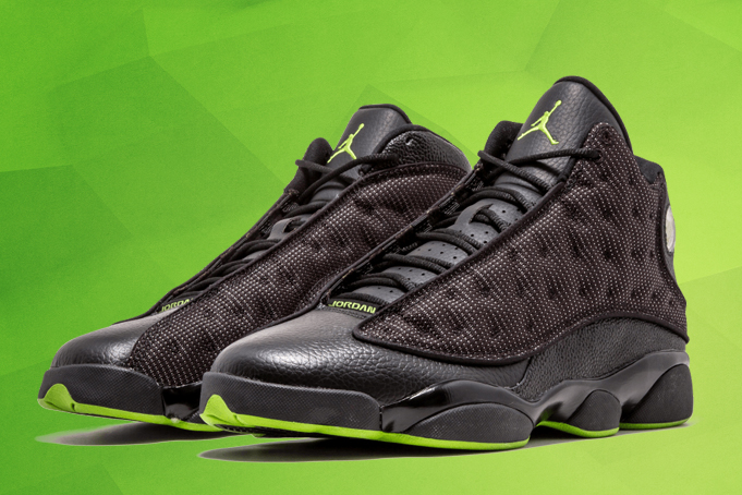 8ef585782f8 The Air Jordan 13 Altitude had two different ...