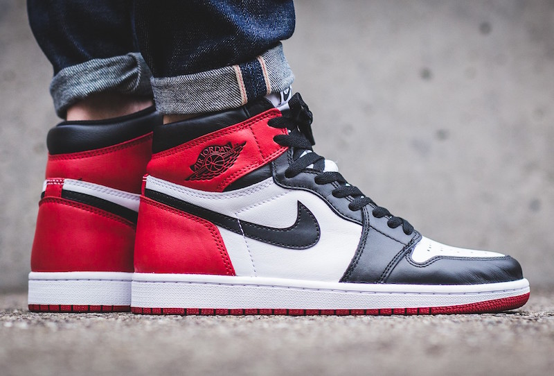 pretty nice 60e91 80448 Black Toe Air Jordan 1 Release November 5th