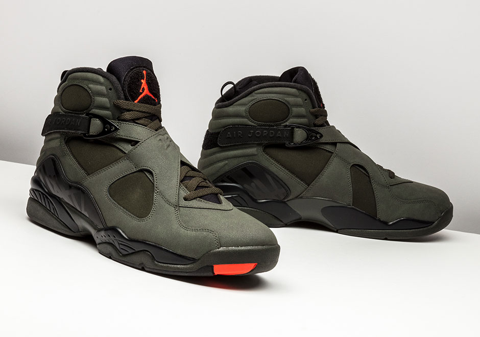 Air Jordan 8 Retro Take Flight Undefeated 305381-305