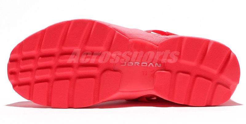 Jordan Trunner LX Energy Solar Red 917424-605