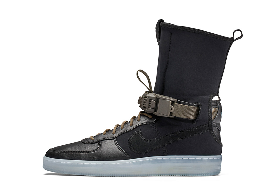 Acronym x NikeLab Air Force 1 Downtown