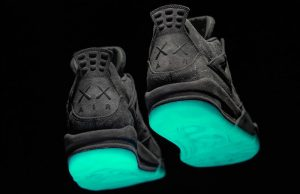 Air Jordan 4 KAWS Cool Grey Glow 930155-003