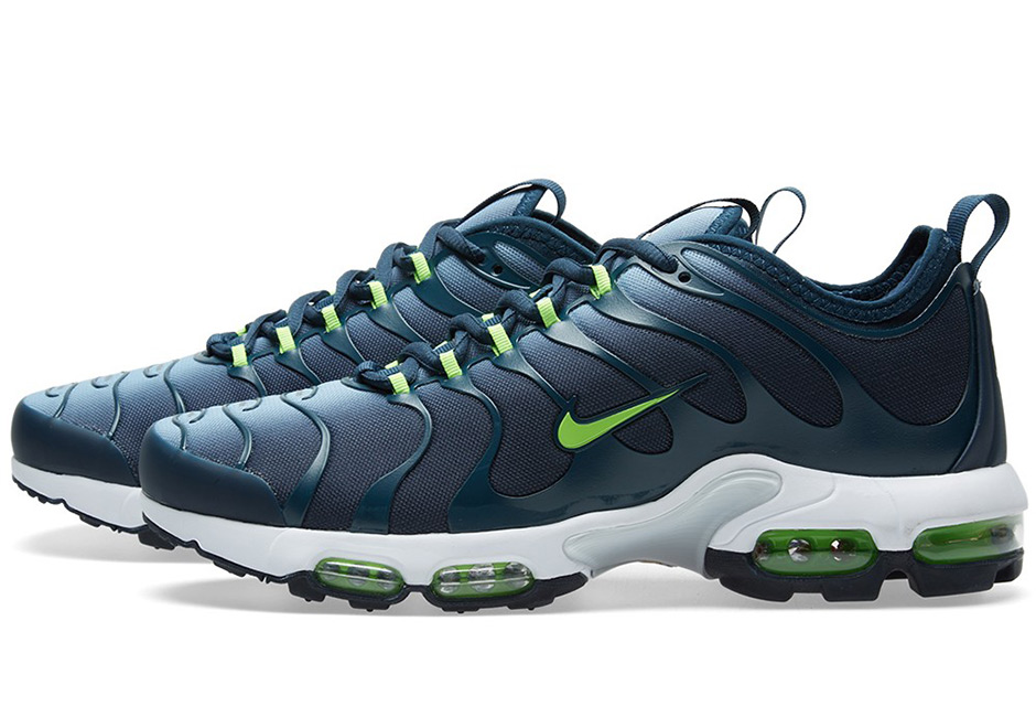 Nike Air Max Plus Ultra Binary Blue 898015-400
