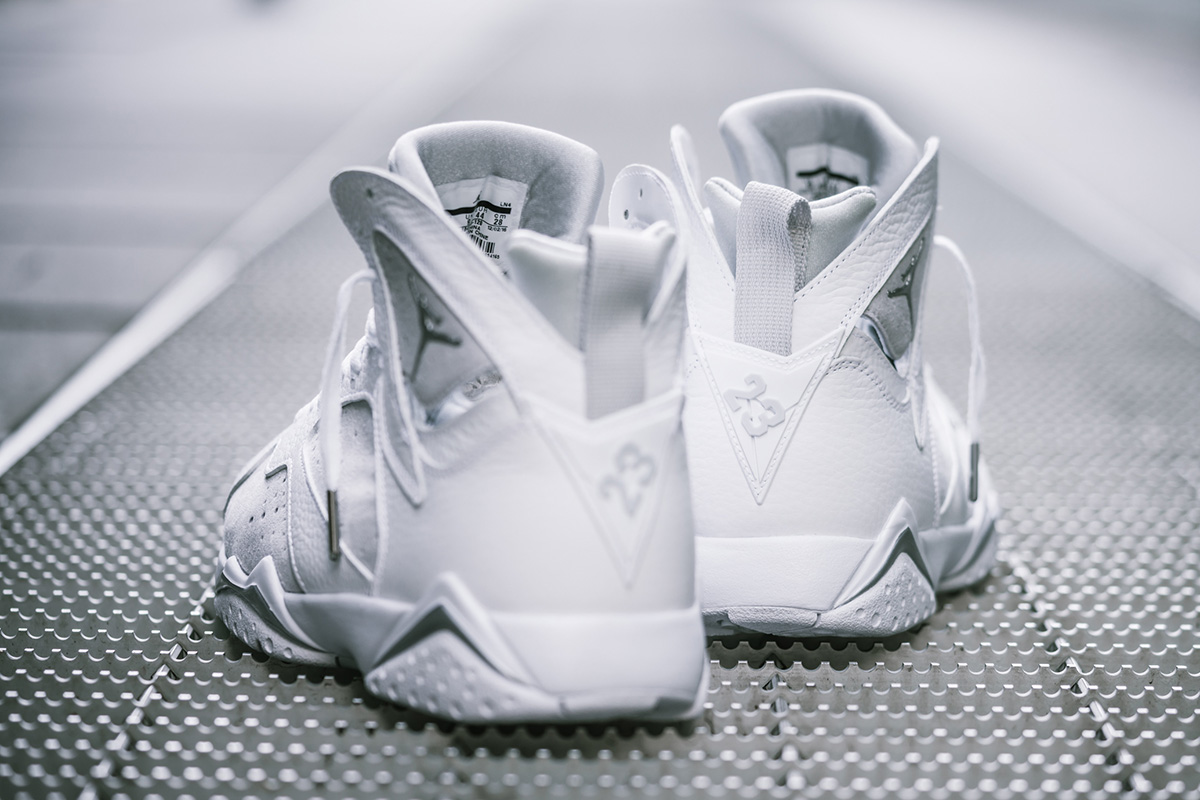 Air Jordan 7 Retro Pure Money