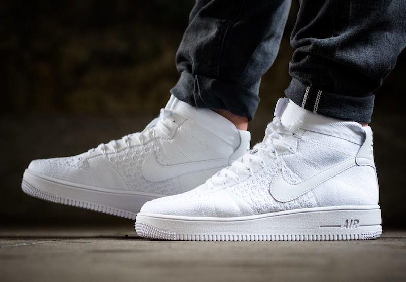new arrival 47e83 0b994 Nike Air Force 1 Ultra Flyknit Mid Triple White - Sneaker ...