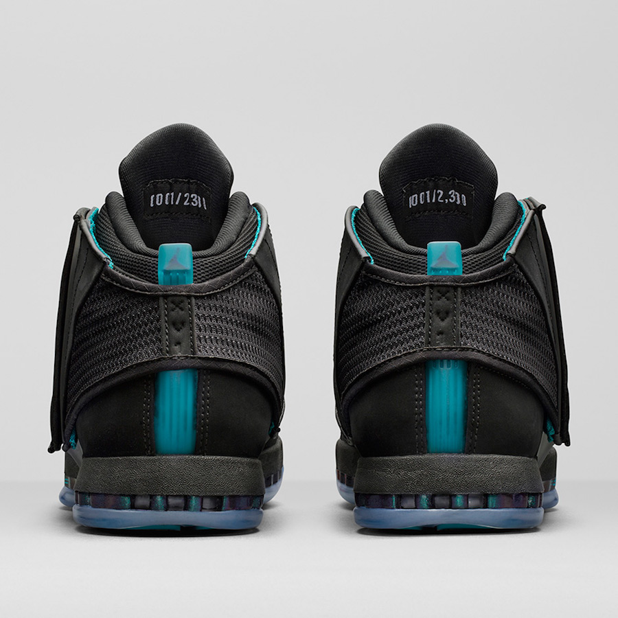Air Jordan 16 CEO Hornets AA1253-016