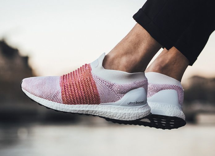 """purchase cheap 05533 8502e adidas Ultra Boost Laceless """"Trace Scarlet"""""""