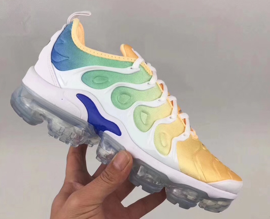 2018 Nike Air Vapor Max gradient