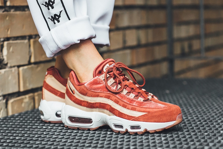 Nike WMNS Air Max 95 LX Dusty Peach
