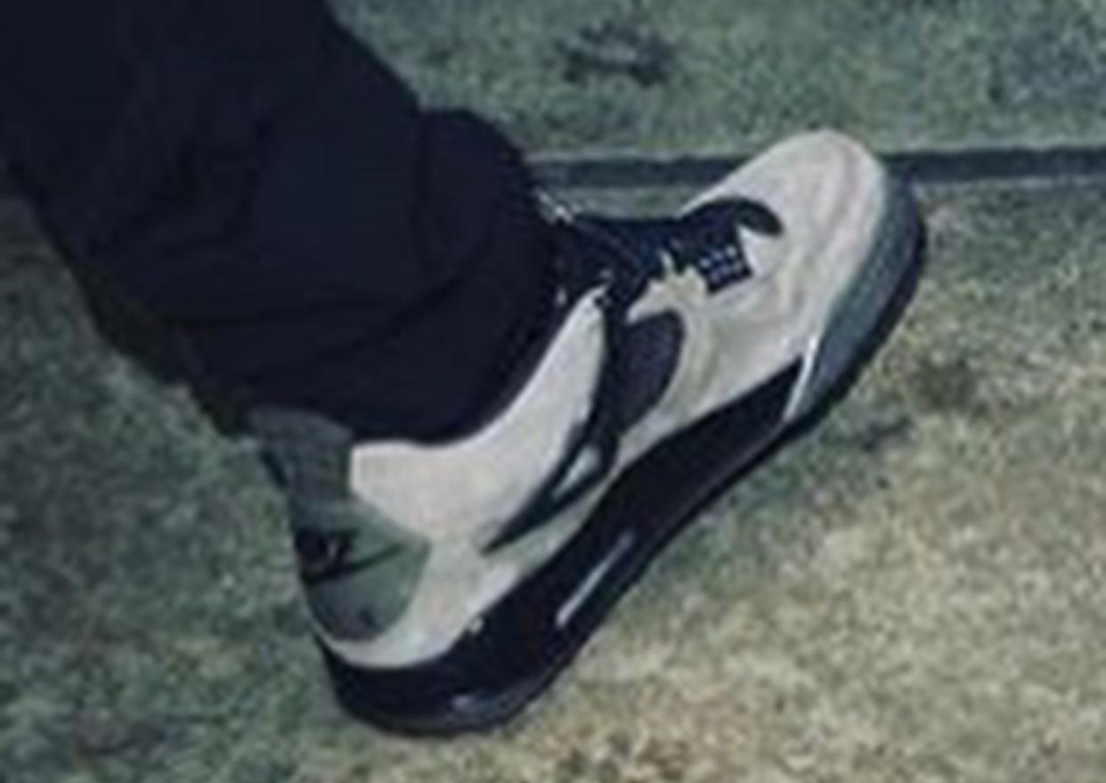 san francisco f6a3c 8a0ae Travis Scott x Air Jordan 4 Dark Grey Black - Sneaker Bar ...
