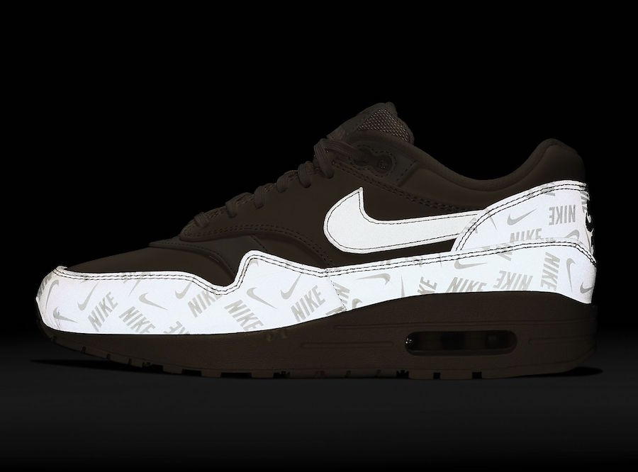 Nike Air Max 1 Guava Ice Glow in the Dark 917691-801