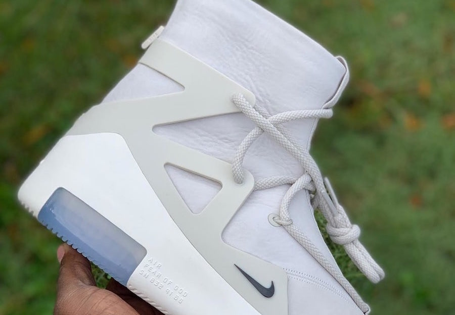 best authentic dacc1 2f4db Detailed Look at the Nike Air Fear of God