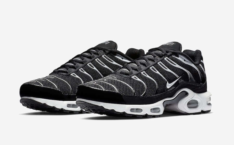 Nike Air Max Plus Black Reflect Silver 852630-038 Release Date