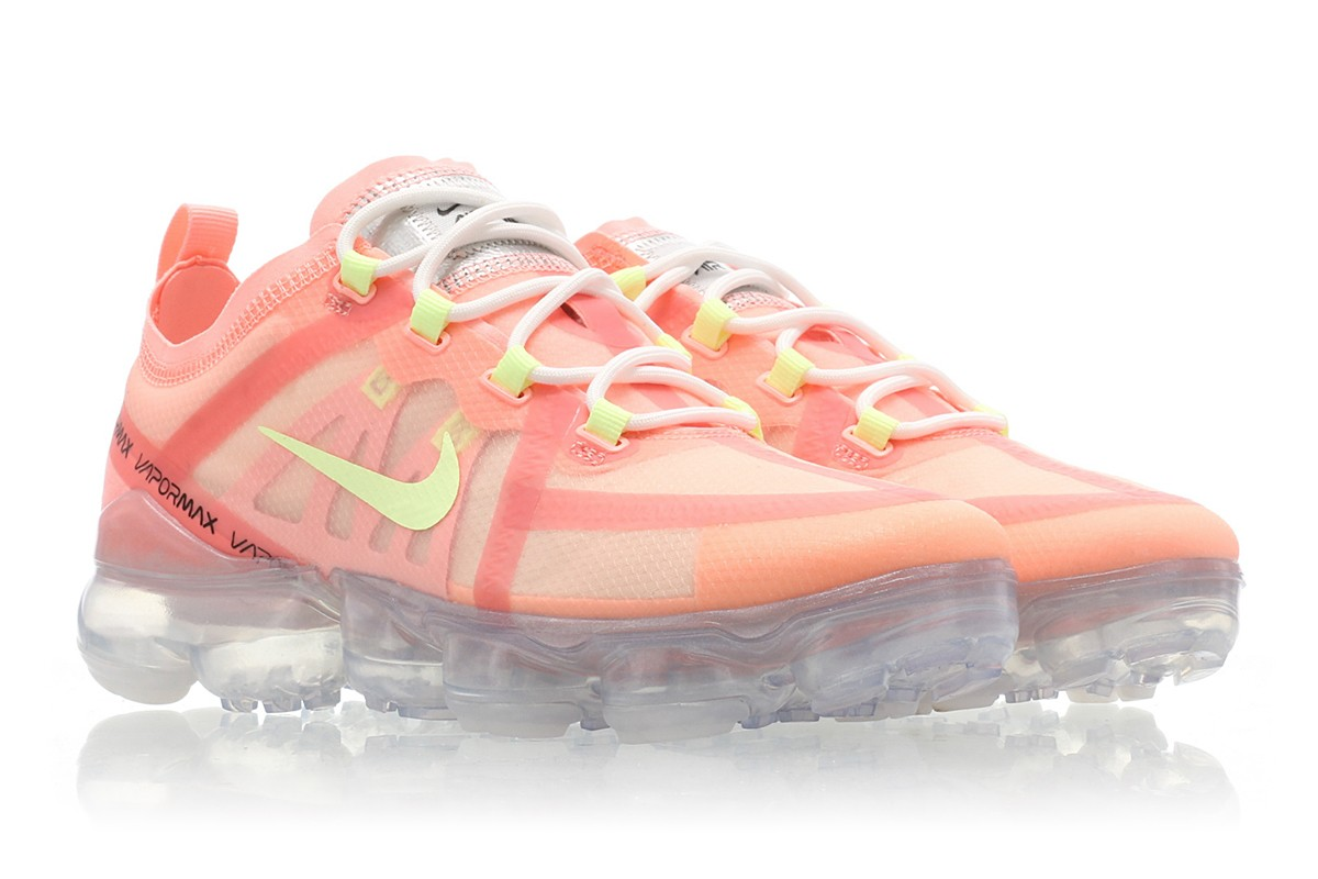dc2a096babc3f Nike Air VaporMax 2019 Pink Tint AR6632-602 Release Date - SBD