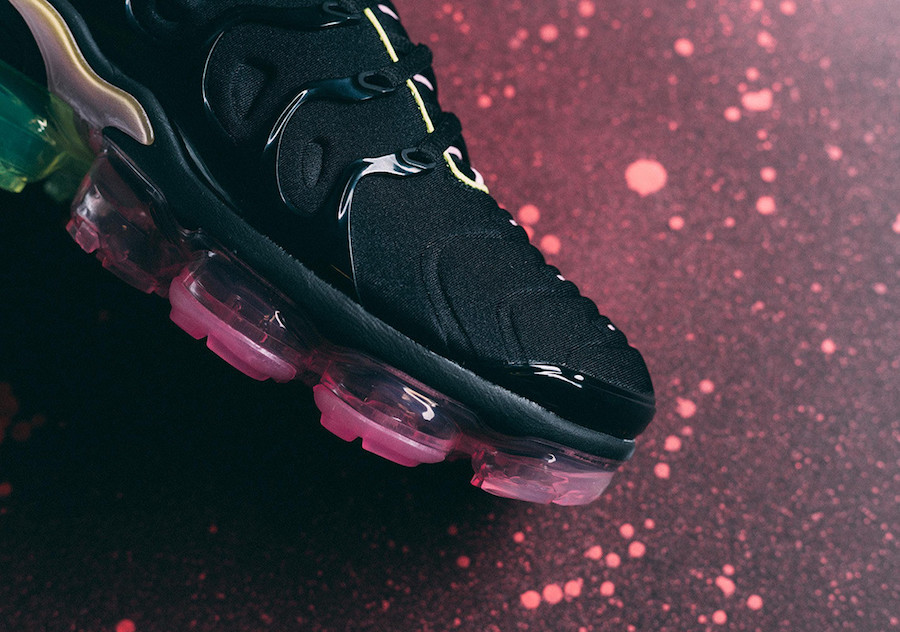 Nike Air VaporMax Plus Black Pink Rise CI6160-001 Release Date