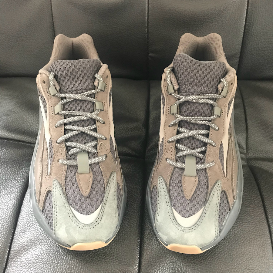 718e70887 adidas Yeezy Boost 700 V2 Geode EG6860 Release Datek Pricing