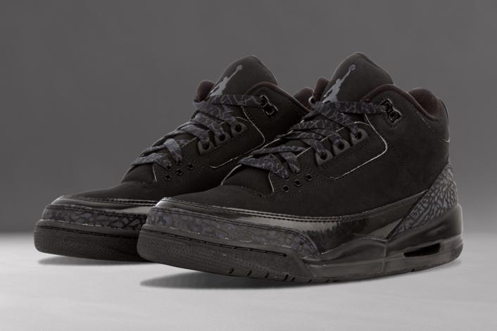 """5de5c6025a6 Inspired by Michael Jordan's nickname, the Air Jordan 3 """"Black Cat"""" ..."""