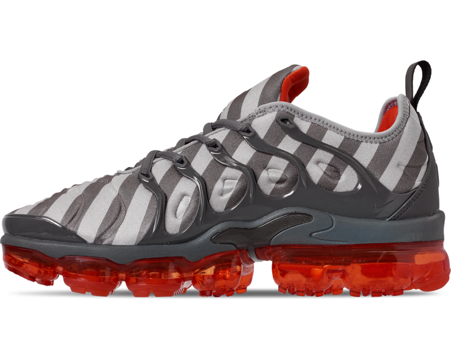 purchase cheap 503c9 c2403 Nike Air VaporMax Plus Wolf Grey Stripes 924453 020 Release ...