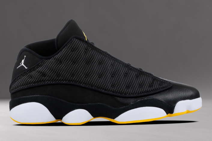 bas prix e92d4 4c886 Air Jordan 13 Low Black Varsity Maize 310810-001 Release ...