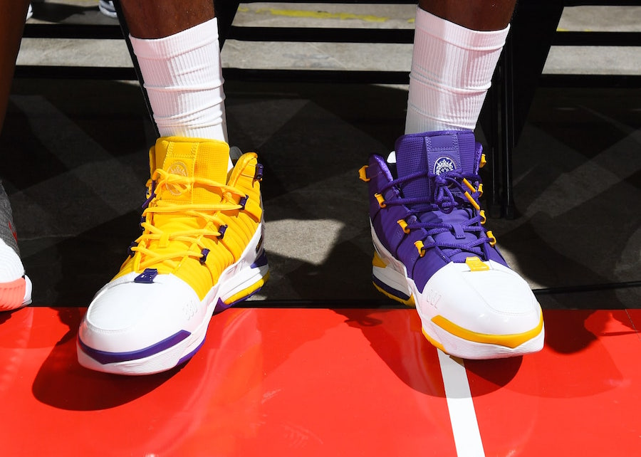 Nike LeBron 3 Lakers On-Foot
