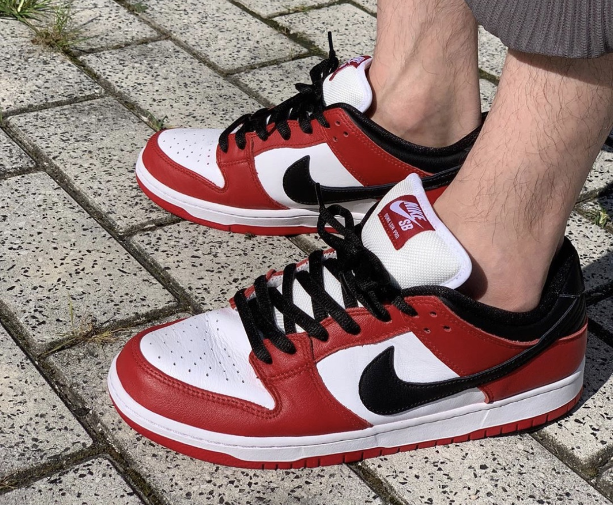 Nike SB Dunk Low Chicago BQ6817-600 Release Date On-Feet