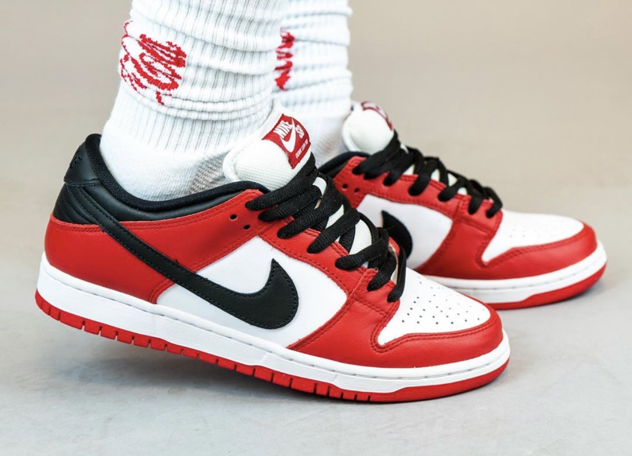 Nike SB Dunk Low Pro Chicago BQ6817-600 Release Date On-Feet