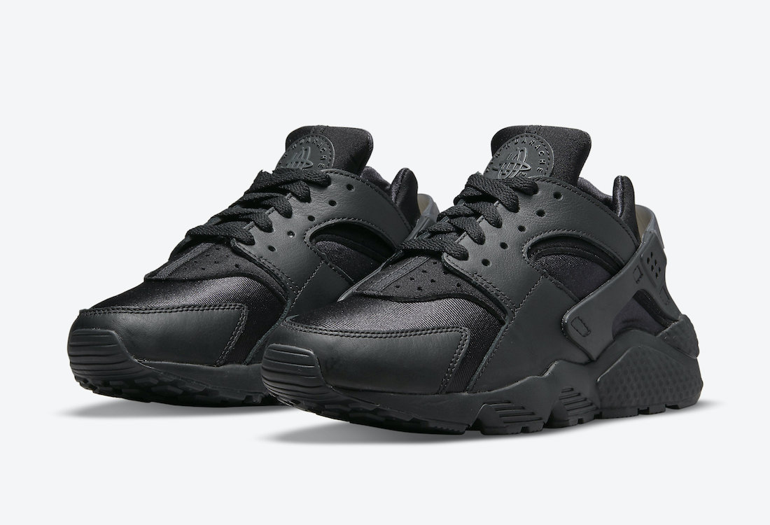 Nike Air Huarache Triple Black DH4439-001 Release Date