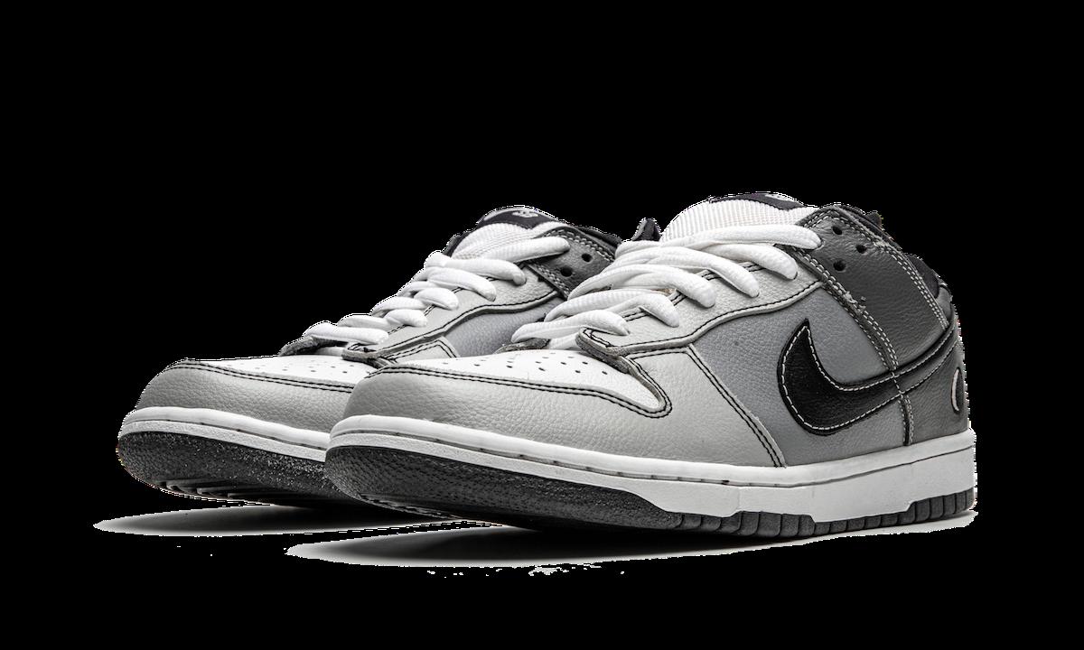 Nike SB Dunk Low Lunar Eclipse West 313170-002 Release Date
