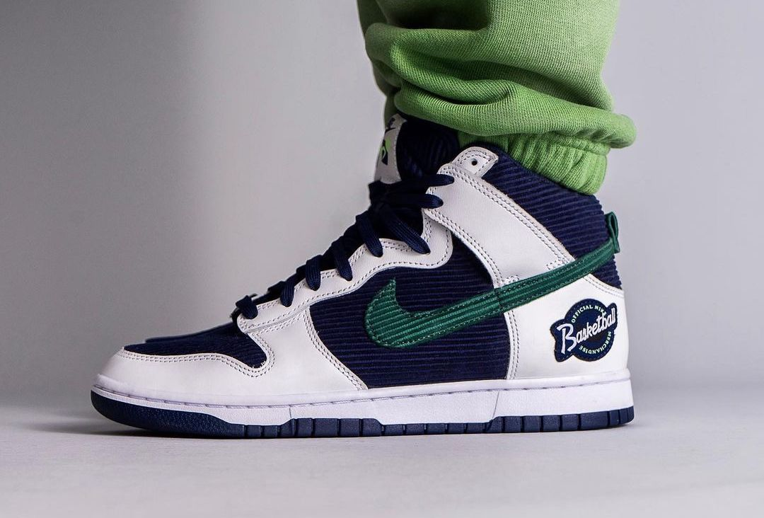 Nike Dunk High Sports Specialties DH0953-400 Release Date On-Feet