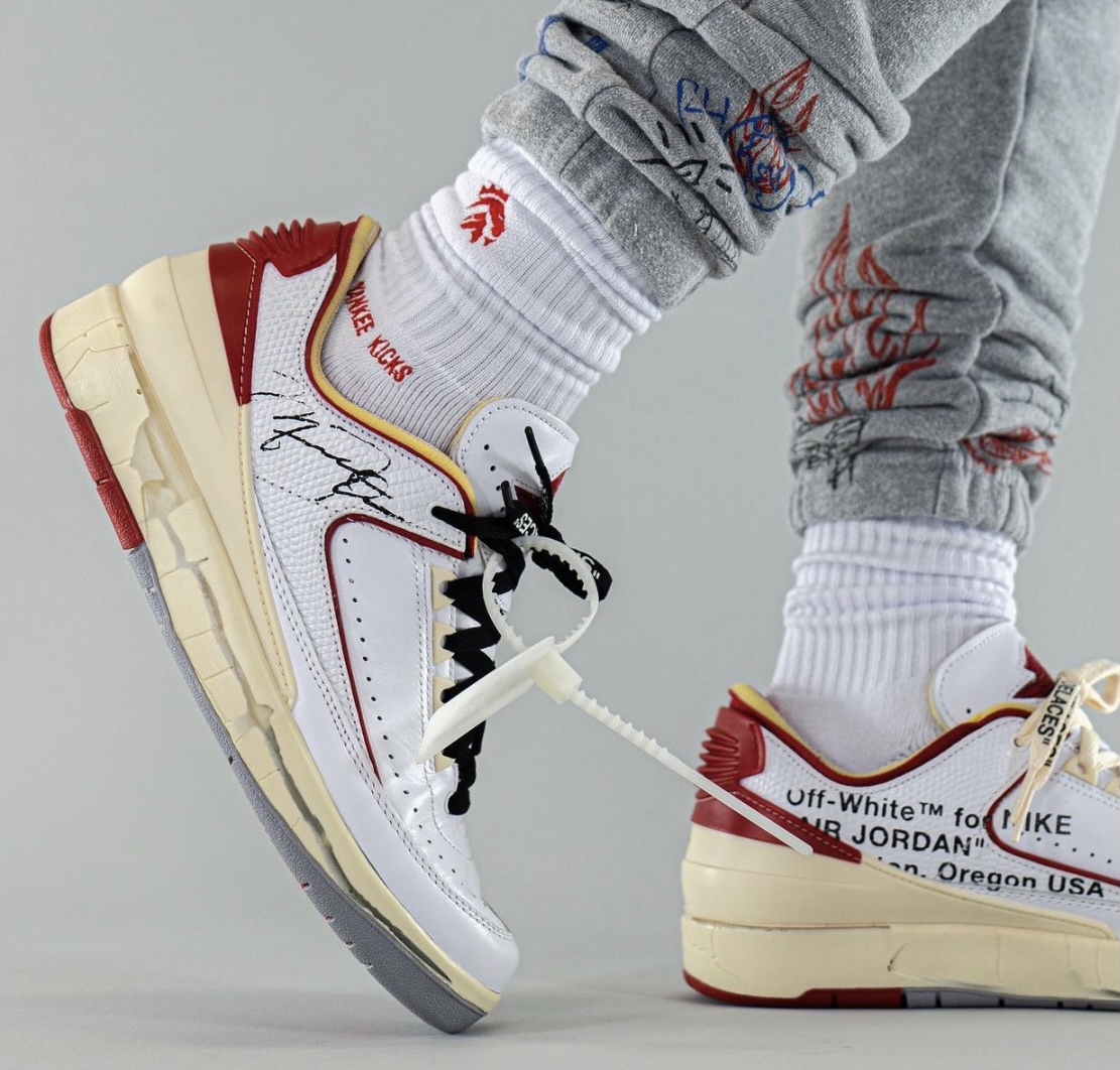 Off-White Advertise With Us White Red DJ4375-106 Release Date On-Feet
